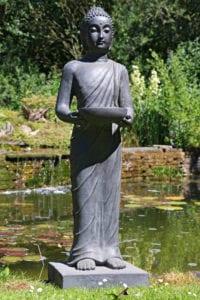 boeddha beeld staand met schaaltje