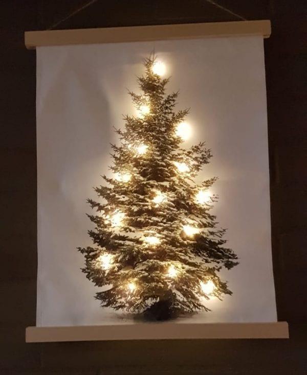 kerstboom op doek met lichtjes